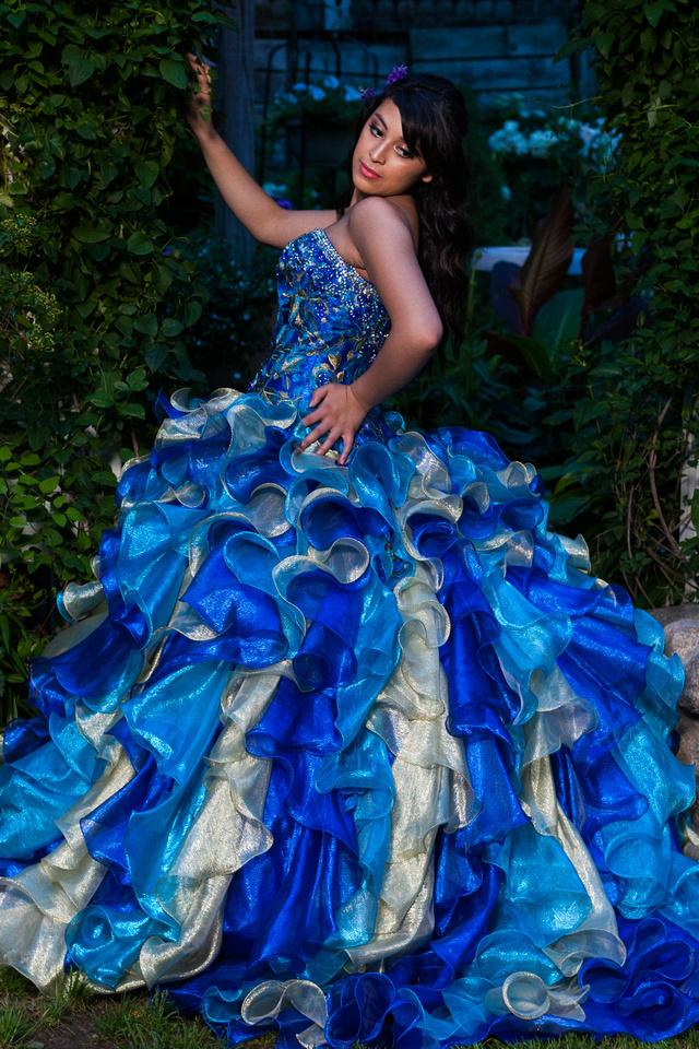 picture of blue Quinceañera dress