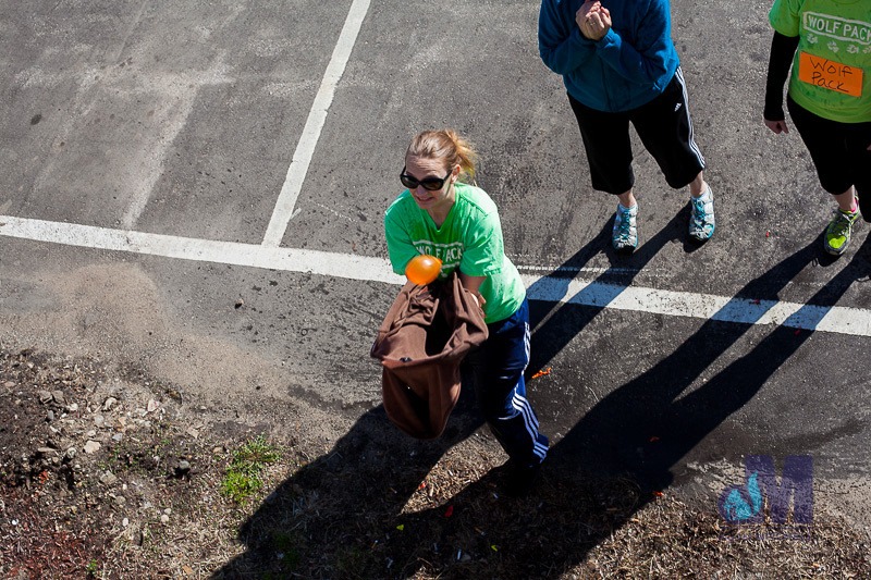 picture of catching the water balloon at the Amazing Elkhart Race 2014